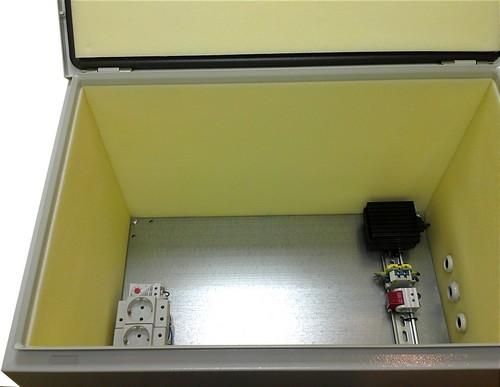 Термошкаф с монтажной панелью