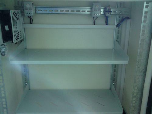 автоматика термошкафа с обогревом и вентиляцией